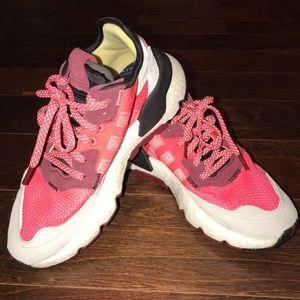 Adidas! Women size 6!